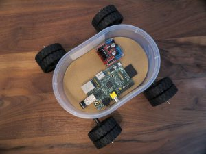 Raspberry PI - remote controlled car wiht four dc motors