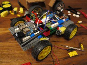 LEGO brick wheel robot Raspberry Pi - prototyp