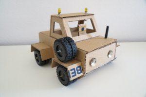 Slider_Cardboard_Car