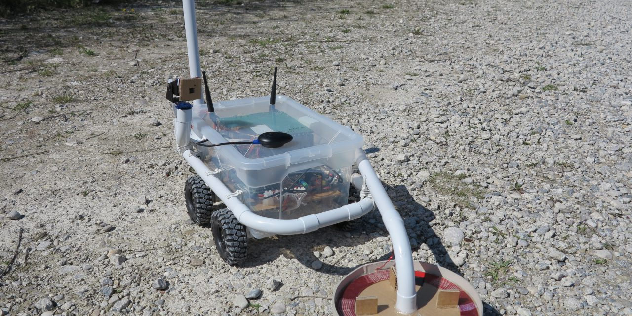 Discoverer remote controlled robot with a Raspberry Pi