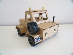 Raspberry Pi - Cardboard Car