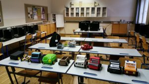 Schulprojekt Raspberr Pi Roboter Auto