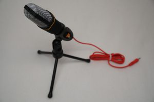 Toy robot - microphone