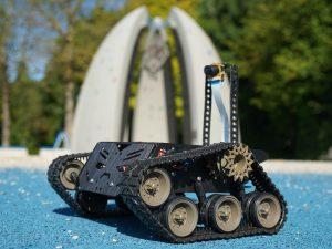 Devastator Tank Mobile Robot Platform - review