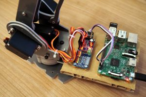 SainSmart 6 Achsen Desktop Roboter Arm - Raspberry Pi