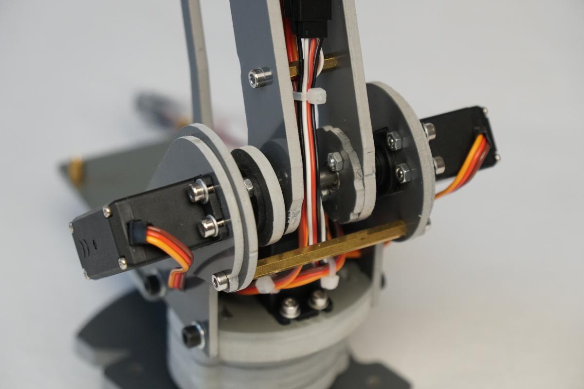 SainSmart 6-Axis Desktop Robotic Arm – Raspberry Pi