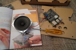 Raspberry Pi Google AIY voice kit speaker