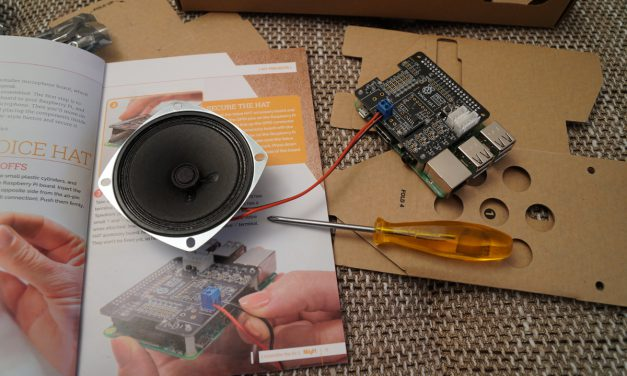 Raspberry Pi – AIY Voice Kit (Google)