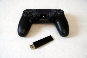 Raspberry Pi Playstation 4 controller mit Sony USB Adapter